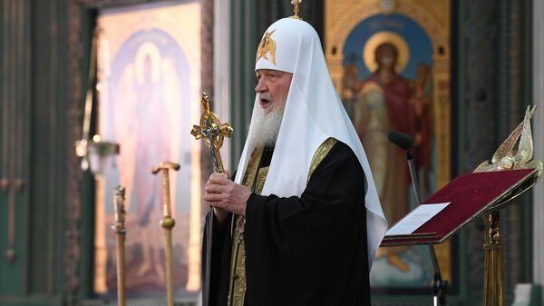 Патриарх Московский и всея Руси Кирилл во время посещения главного храма Вооружённых Сил