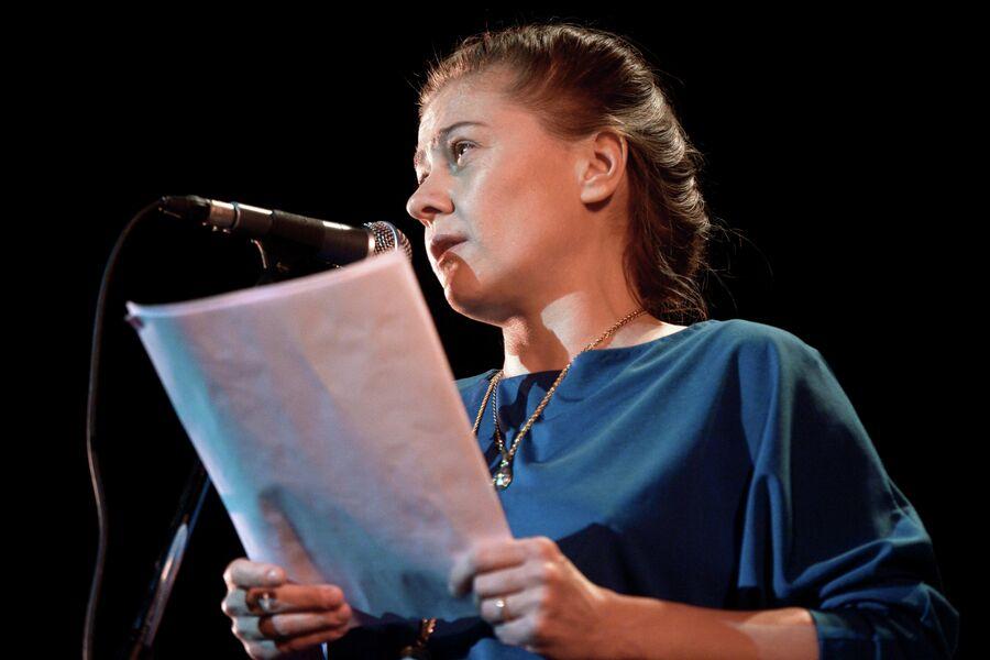 Актриса Мария Голубкина на Пионерских чтениях в Центральном доме литераторов
