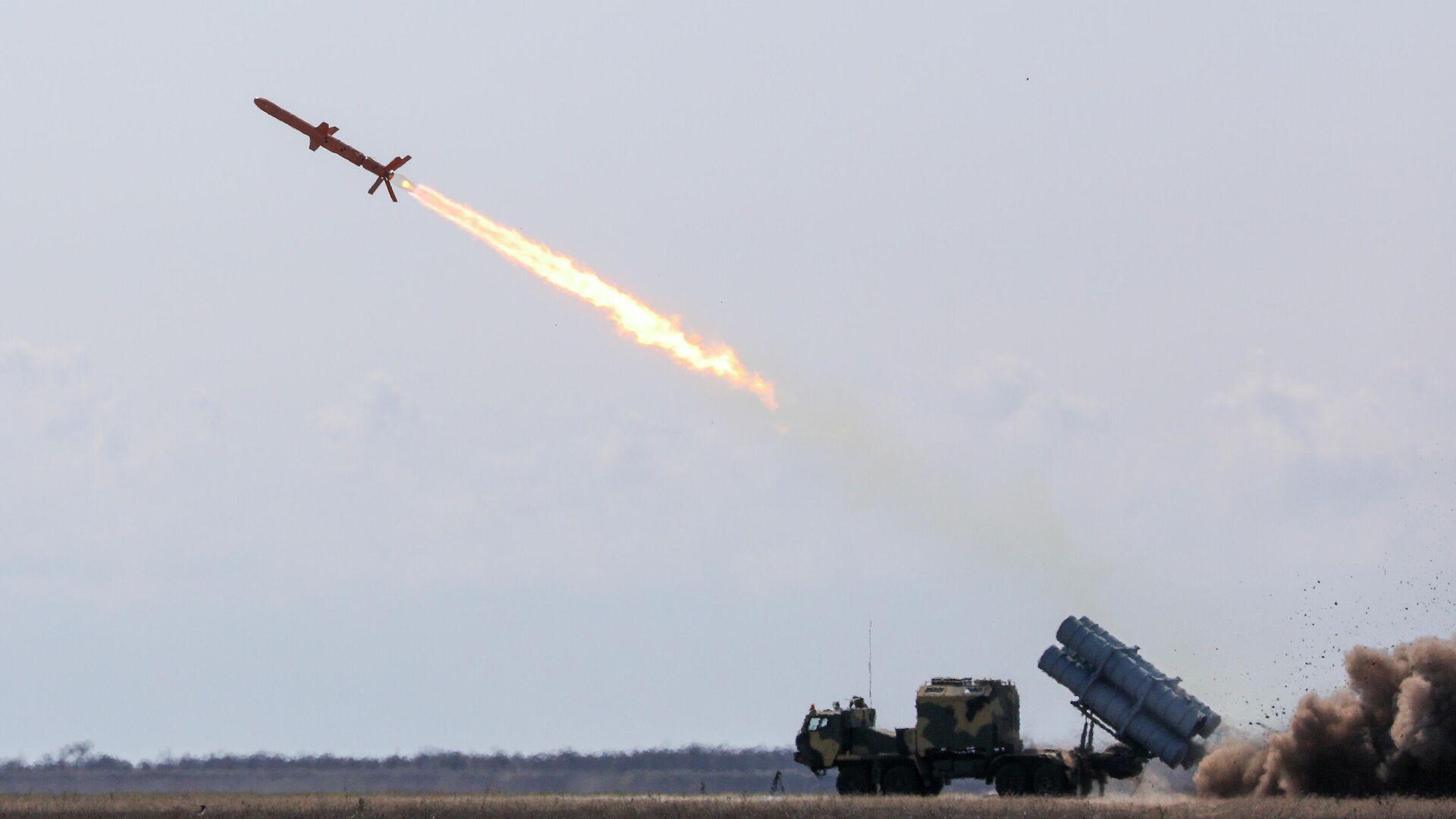 Испытания украинской крылатой ракеты Нептун - РИА Новости, 1920, 18.10.2020