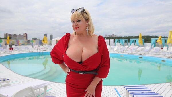 Мила Кузнецова - рекордсменка Украины в номинации Самая большая женская натуральная грудь