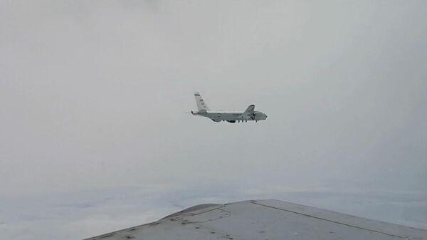 Самолет-разведчик ВВС США RC-135 над Японским морем. 11 июля 2020