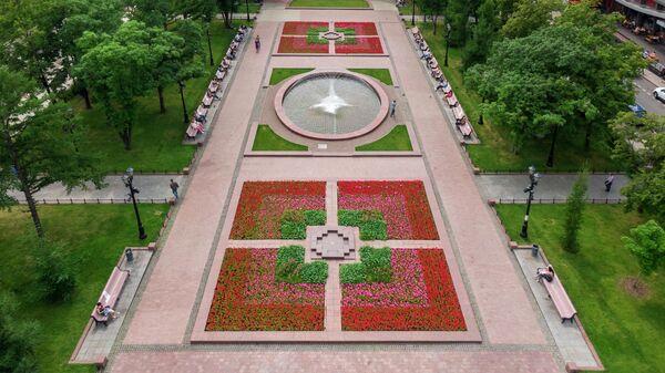 Цветники в Москве: Новопушкинский сквер