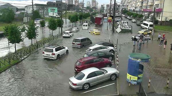 Последствия сильного дождя в Краснодаре