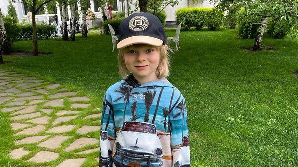 Гном Гномыч - сын Евгения Плющенко и Яны Рудковской