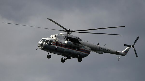 Вертолет Ми-8МБ МЧС РФ во время учений