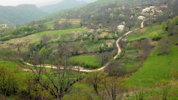 Вид на село Чахдина