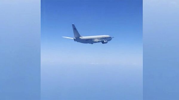 Перехват российскими истребителями самолета-разведчика НАТО. Кадр видео
