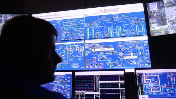 Пульт управления в операторной установке производства водорода