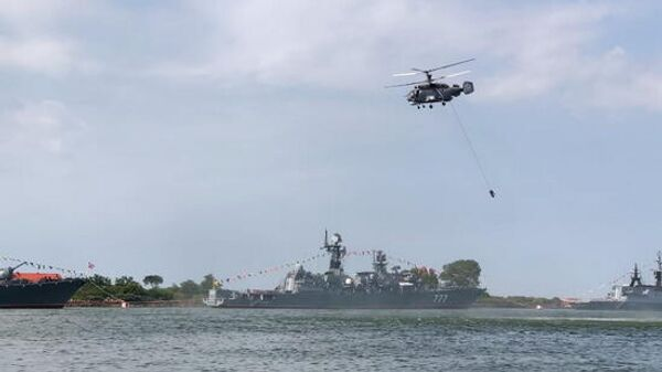 В День ВМФ России в Балтийске высадился морской десант и произведены артиллерийские, ракетные и торпедные стрельбы