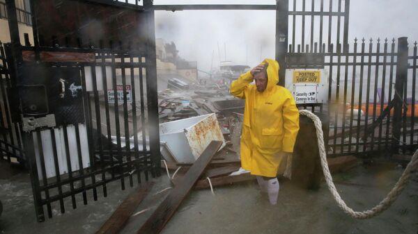Разрушения в порту города Корпус Кристи в Техасе после урагана Ханна