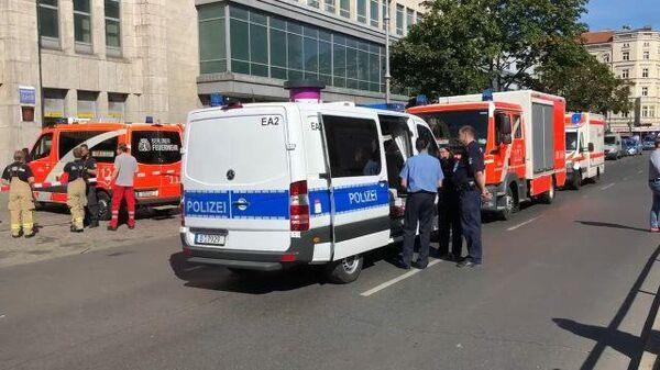 Оцепление на месте нападения на банк в Берлине