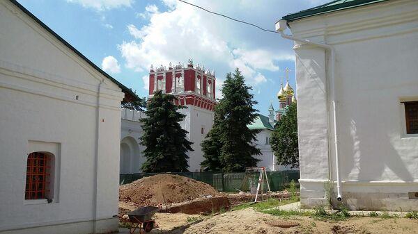 Раскопки в Новодевичьем монастыре