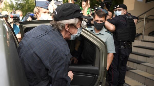 Актер Михаил Ефремов перед началом слушаний в Пресненском суде по делу о ДТП