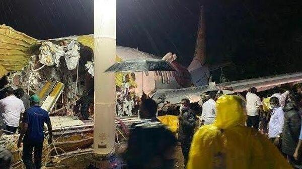 На месте инцидента с самолетом авиакомпании Air India