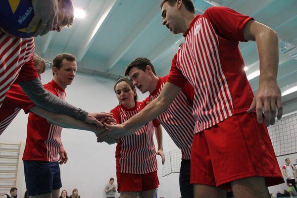 Преподаватели МГПУ - участники товарищеского матча по волейболу