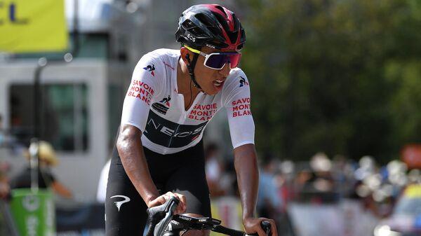 Колумбийский велогонщик команды Ineos Эган Берналь