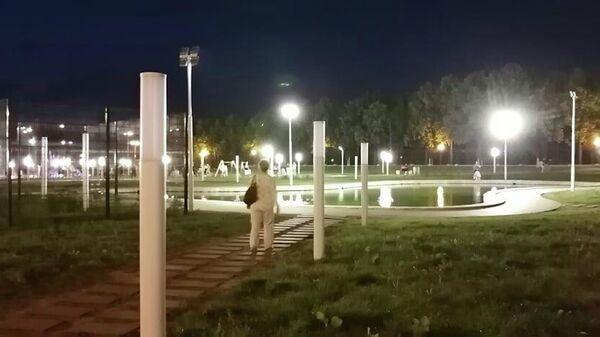 Парк 50-летия ВАЗа в Тольятти ночью