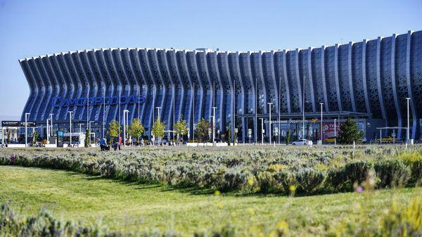 Здание аэропорта им. Айвазовского в Симферополе