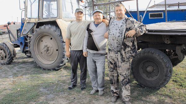 Семья Савиных спасла от надвигающегося пожара лес в Змеиногорском районе Алтайского края