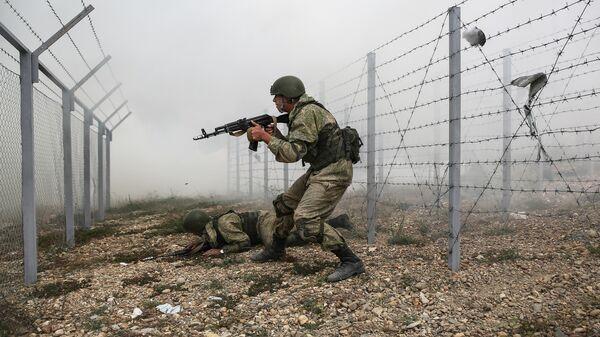 Военнослужащие воздушно-десантных войск на учениях
