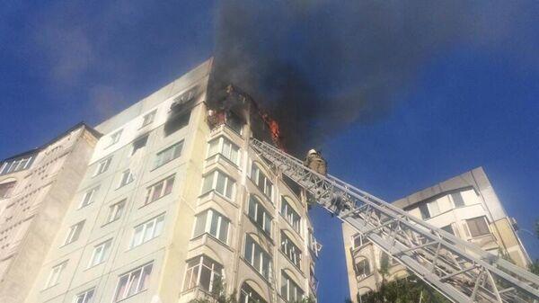 Пожар на улице Кирова 93 в Керчи