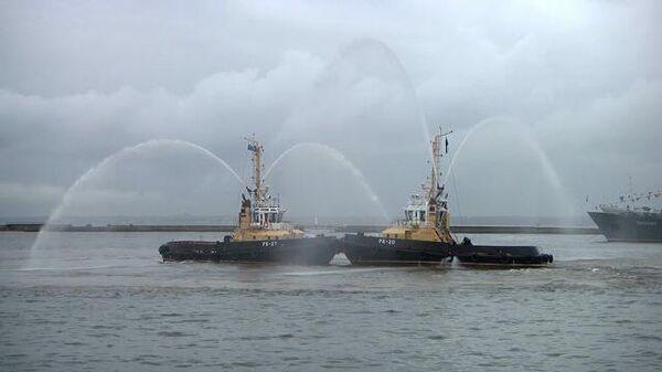 Армия-2020: военные корабли исполнили Вальс цветов Чайковского