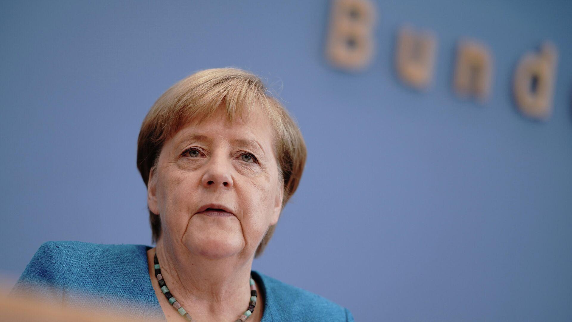 Ангела Меркель во время пресс-конференции в Берлине - РИА Новости, 1920, 03.09.2020