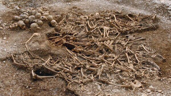 Братское захоронение пятидесяти обезглавленных викингов в в графстве Дорсет, Великобритания