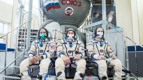 Члены дублирующего экипажа 64-й экспедиции на МКС