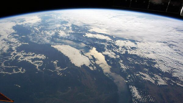 Вид на озеро Байкал с МКС