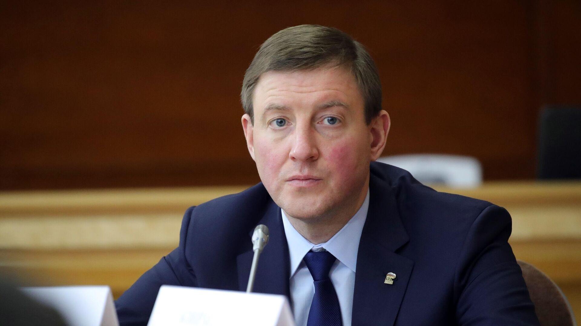 """Глава """"Молодежки ОНФ"""" намерен совмещать свою работу с парламентской"""
