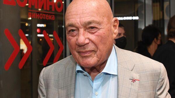Журналист, телеведущий и писатель Владимир Познер