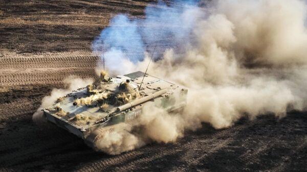 Боевая машина пехоты БМП-3 на командно-штабных учениях Кавказ-2020