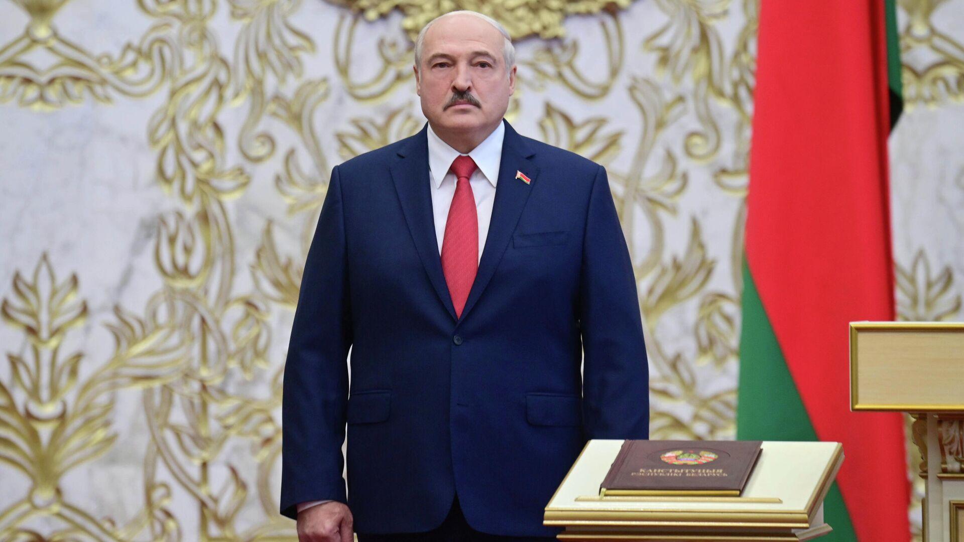 Президент Белоруссии Александр Лукашенко на церемонии инаугурации в Минске - РИА Новости, 1920, 29.01.2021