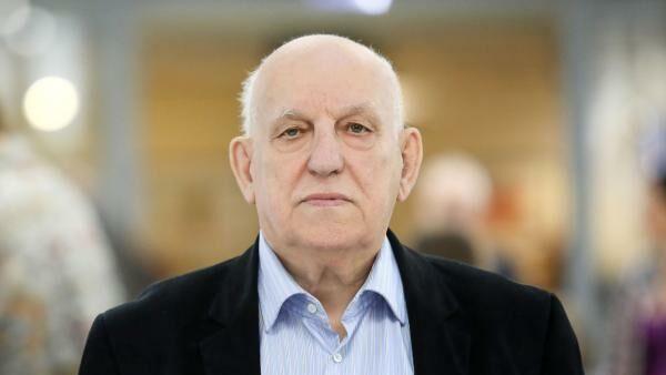 Писатель Валерий Шульжик