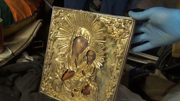 Украденная из Валдайского монастыря икона