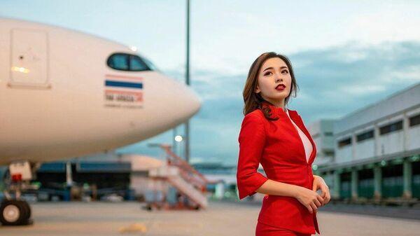 Стюардесса авиакомпании Air Asia Майбел Гуо