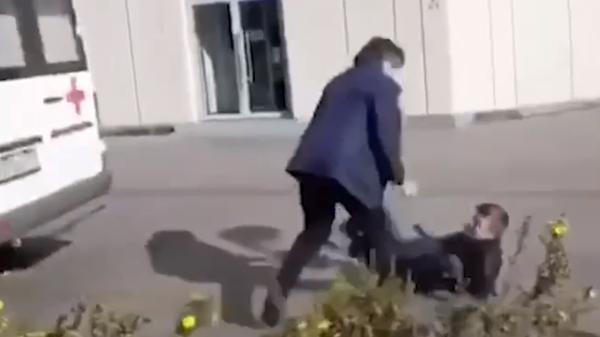 Момент нападения на Эльмана Пашаева попал на видео