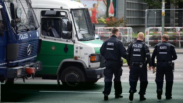 Акция неонацистов в Берлине в годовщину смерти Р. Гесса