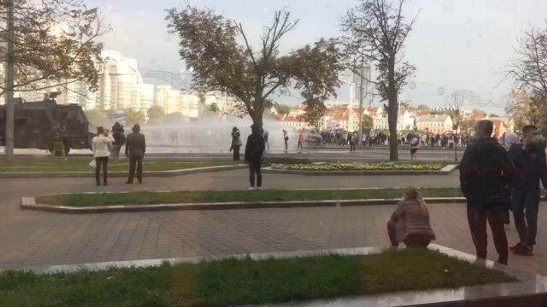 Применение водометов на акции протеста в Минске - РИА Новости, 1920, 11.10.2020