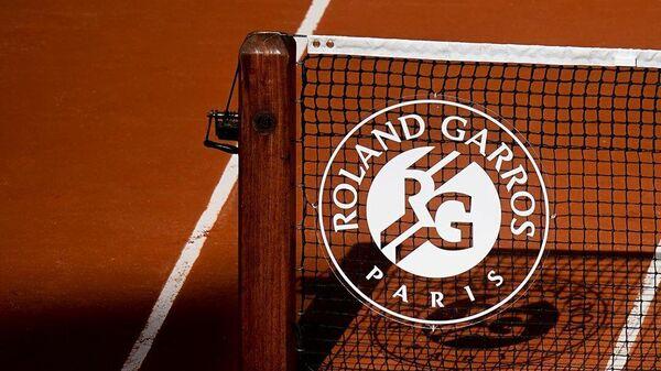 Логотип Ролан Гаррос