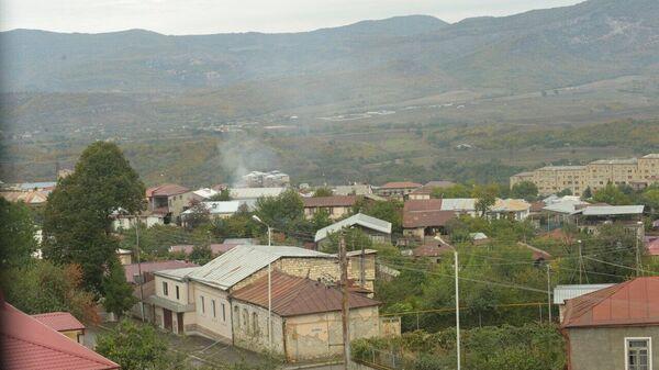Дым на окраине Степанакерта после обстрелов