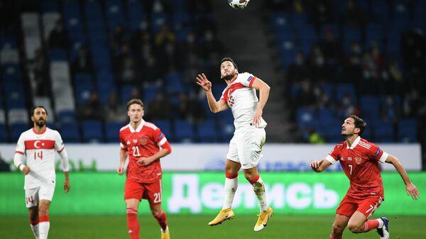 Игровой момент матча Лиги наций УЕФА между сборными России и Турции