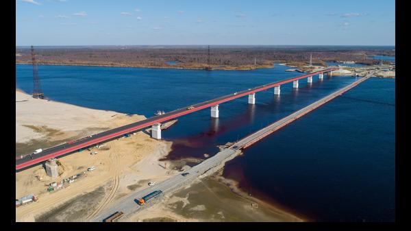 Новый мост через реку Пур