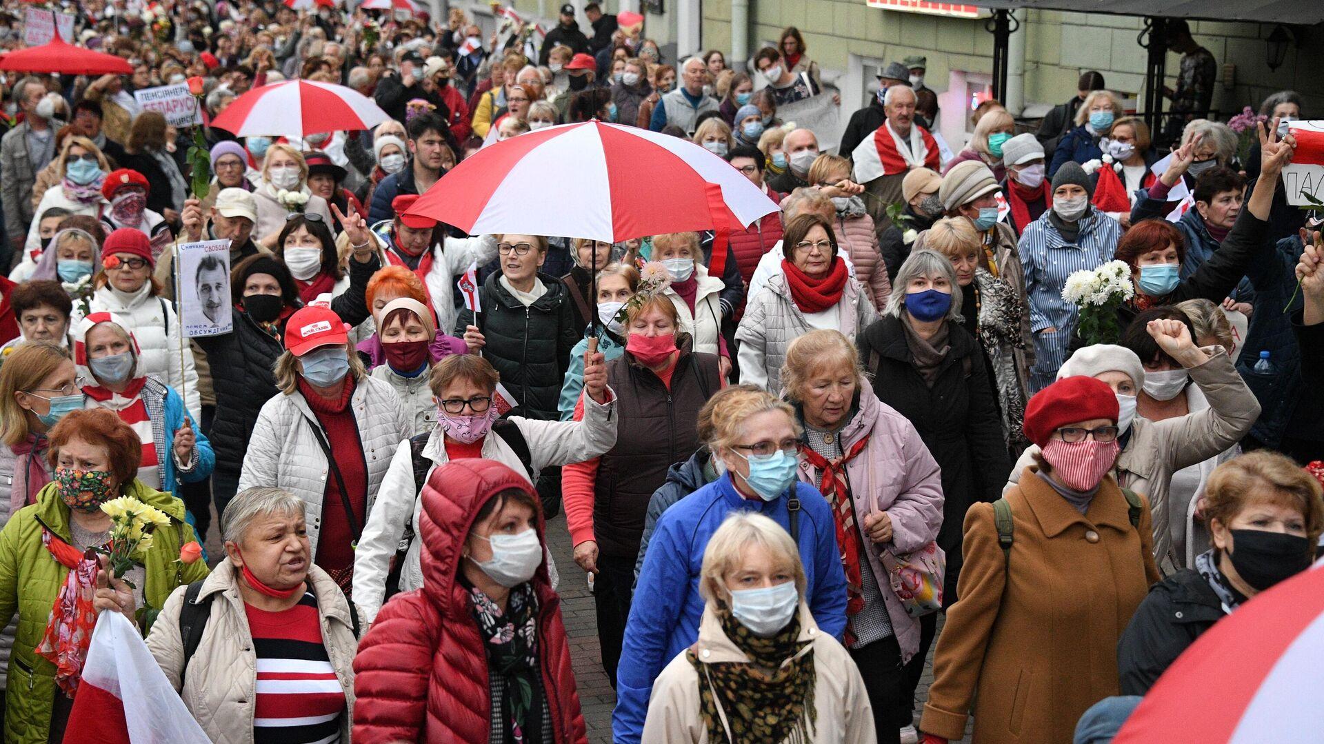 Участники акции протестов пенсионеров в Минске - РИА Новости, 1920, 18.10.2020