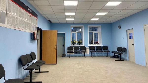 Помещение в здании железнодорожных касс в Пуровске