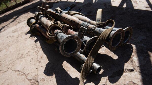 Конфискованное у военнослужащих вооруженных сил Азербайджана оружие на территории Нагорного Карабаха