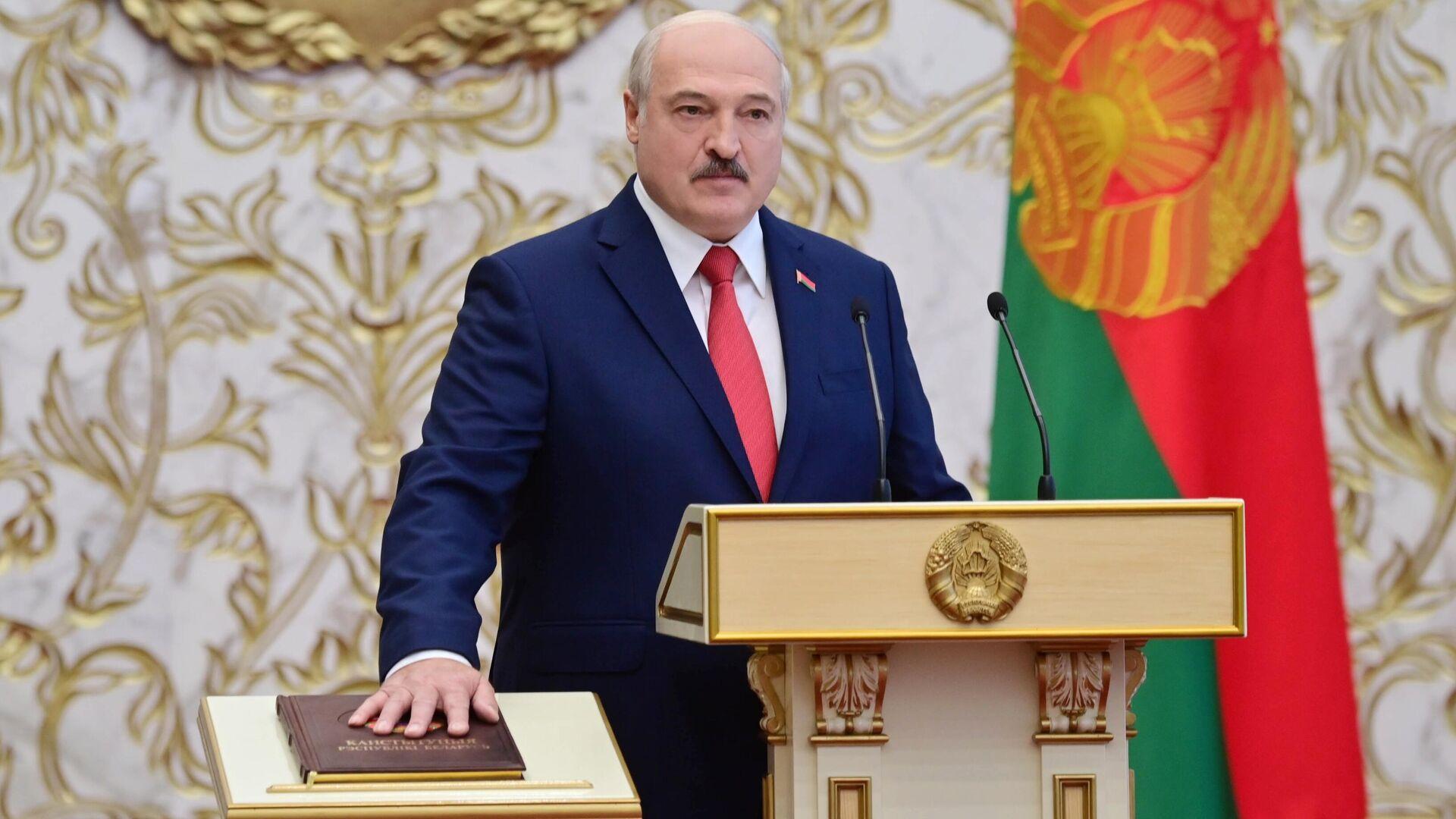 Президент Белоруссии Александр Лукашенко на церемонии инаугурации в Минске - РИА Новости, 1920, 20.10.2020