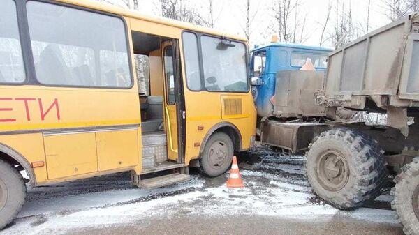 ДТП с участием школьного автобуса в Сосногорске