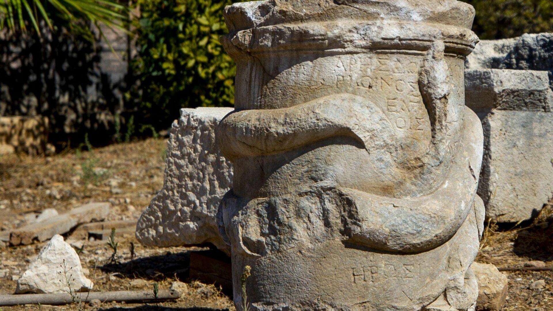 Найденный фрагмент во время раскопок в Патаре, Турция - РИА Новости, 1920, 22.10.2020